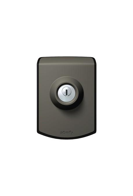 Somfy Contact à Clé filaire bronzal (so 2400597 so 1841028) permet l'ouverture totale ou piétonne du portail grâce à une cl